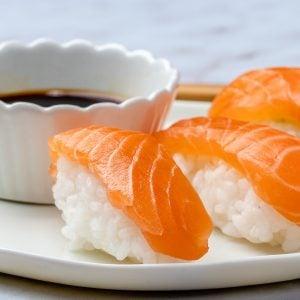 Cum Se Face Sushi Acasa - 4 Retete Simple De Sushi 10