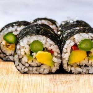 Cum Se Face Sushi Acasa - 4 Retete Simple De Sushi 11
