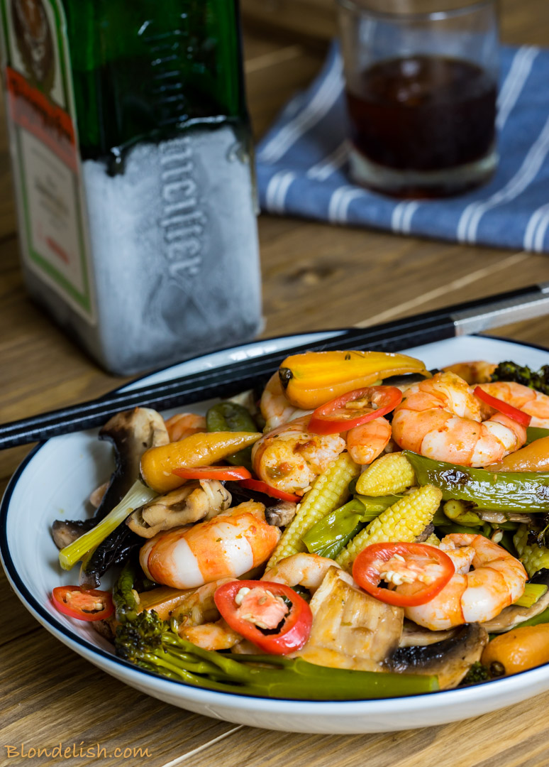 Prawns with roasted veggies, garlic and chili - 10