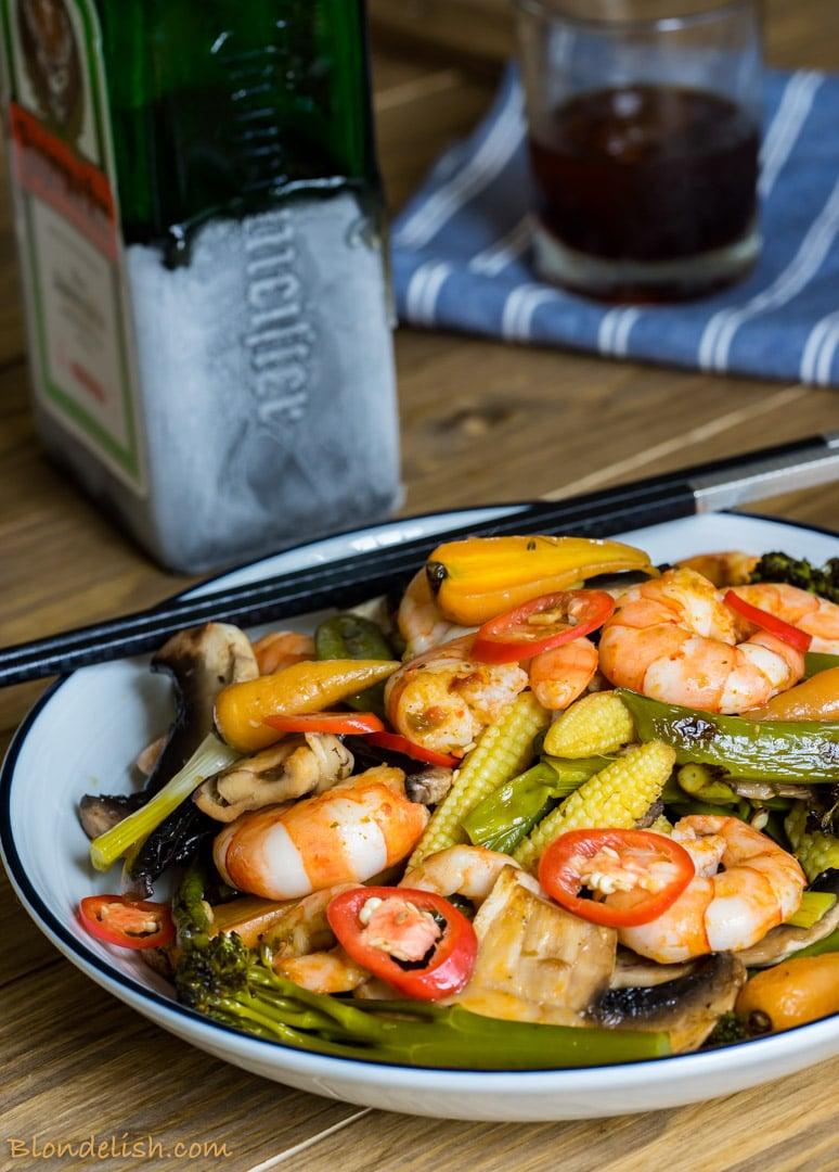 Prawns with roasted veggies, garlic and chili - 10