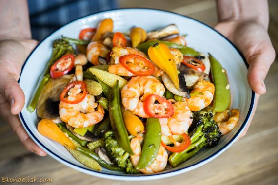 Prawns with roasted veggies, garlic and chili, Recipes, Travel, Lifestyle by Blondelish