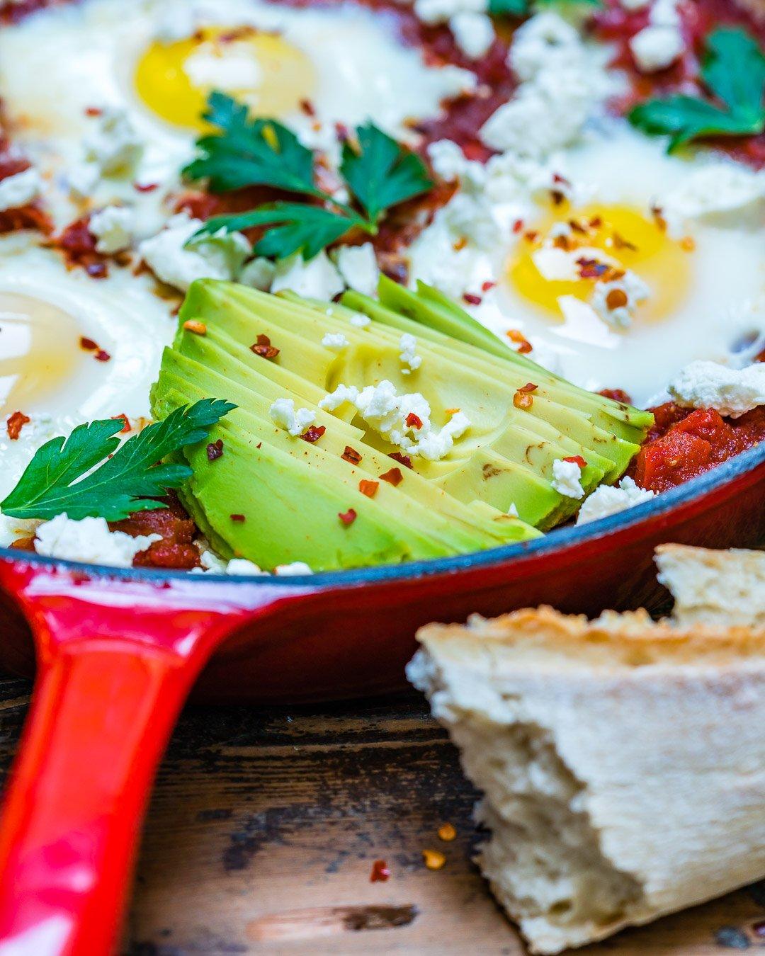 Easy Shakshuka Recipe aka Eggs In Tomato Sauce-7
