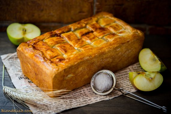 Apple tart with toffee sauce; Recipes, Travel, Lifestyle by Blondelish