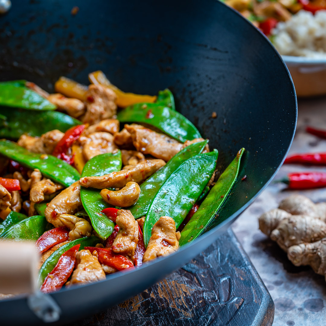 Easy Chicken Stir Fry Recipe (With Vegetables And Cashew)-12