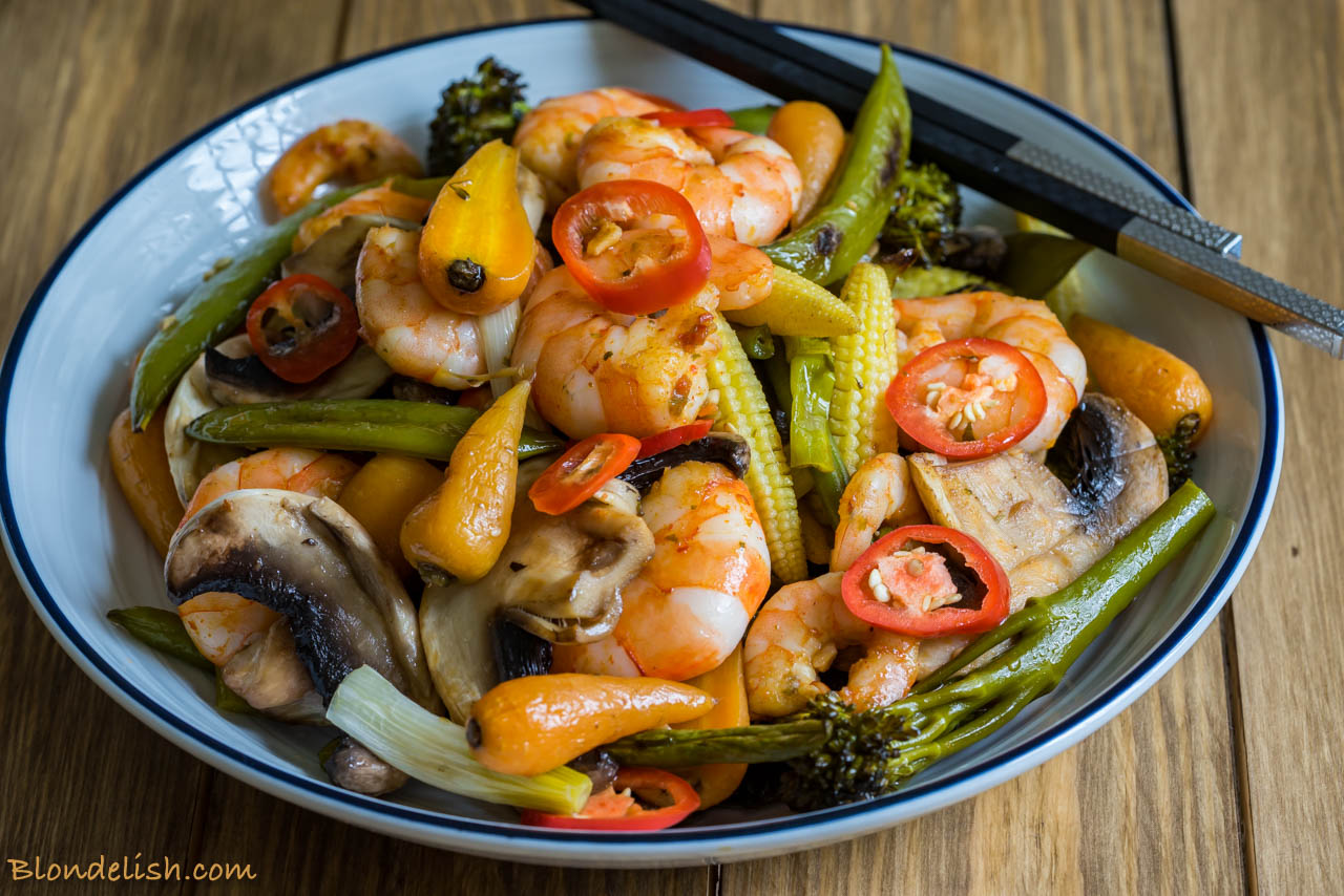 Prawns with roasted veggies, garlic and chili