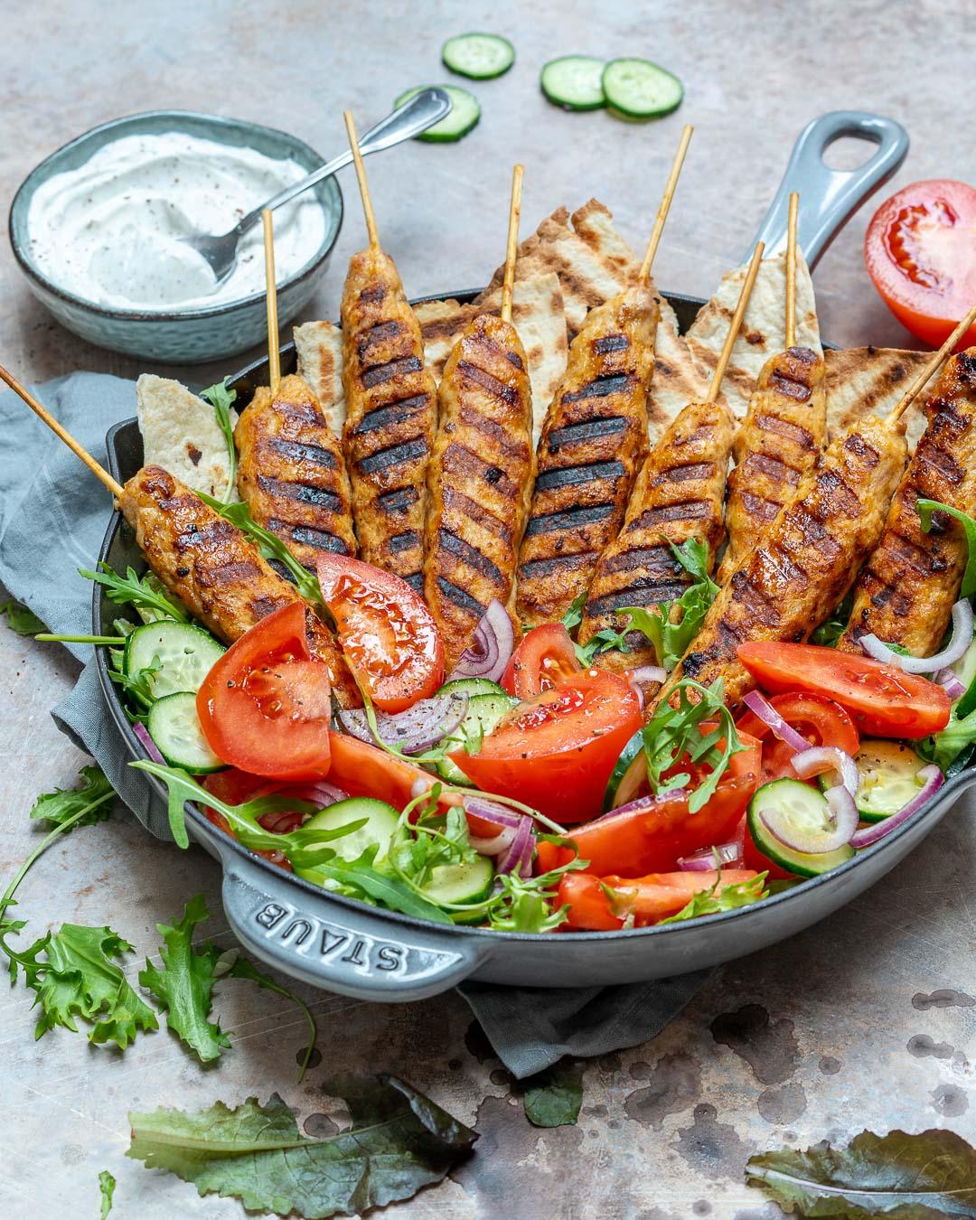 Kebab De Curcan Cu Sos De Iaurt Si Sumac