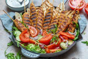 Kebab De Curcan Cu Sos De Iaurt Si Sumac 1