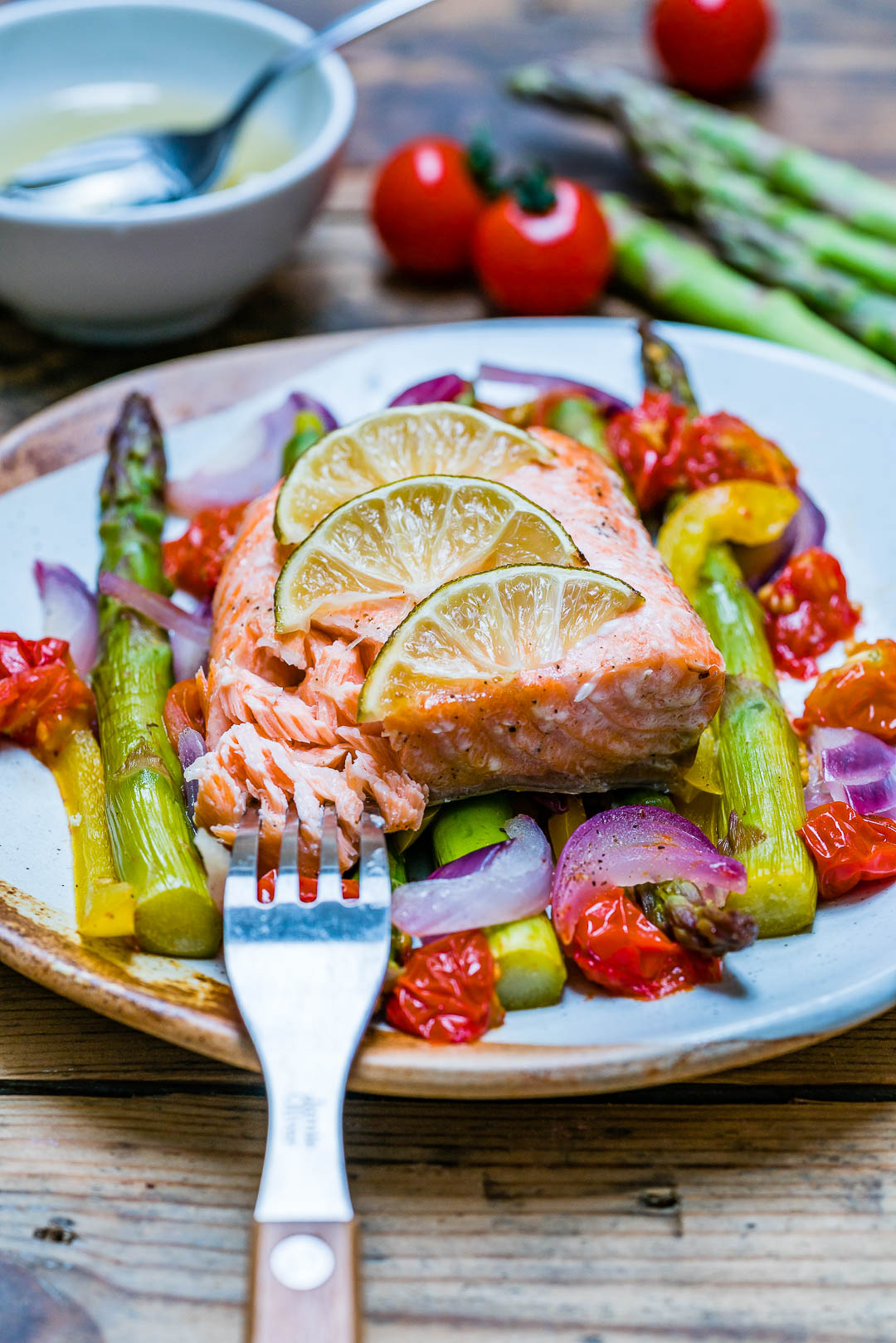 Easy Baked Salmon and Veggies Recipe - How to Cook Salmon In The Oven-11