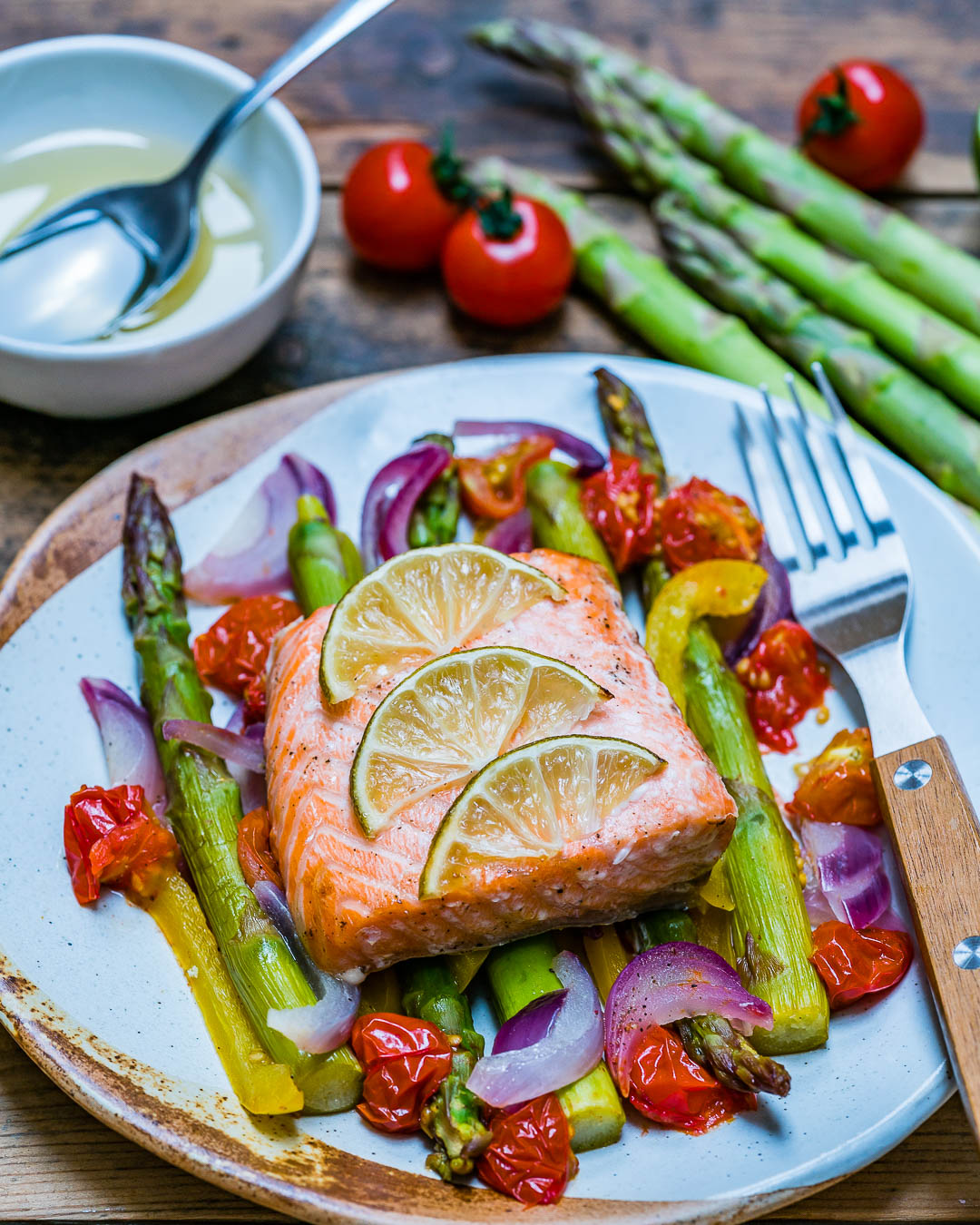 Easy Baked Salmon and Veggies Recipe - How to Cook Salmon In The Oven-8