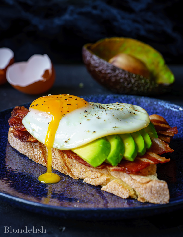 Egg and Bacon Avocado Toast Recipe - Best Avocado Recipes