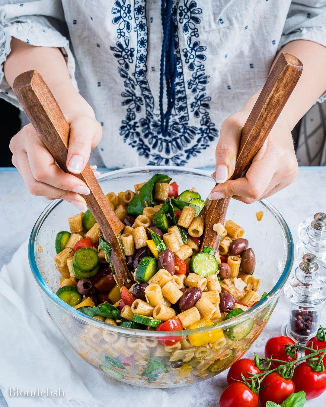 Reteta de Salata cu Paste si Legume 14