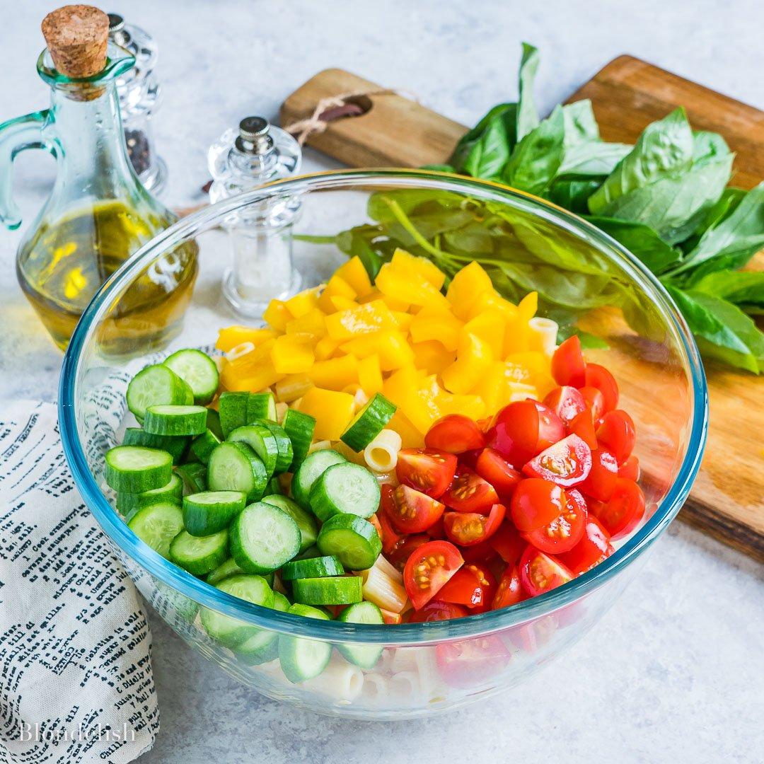 Reteta de Salata cu Paste si Legume 3