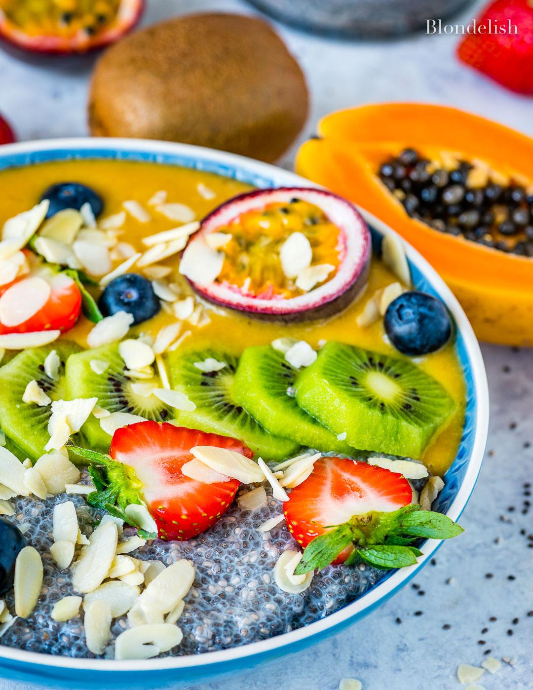 Budinca cu Seminte de Chia si Fructe 9