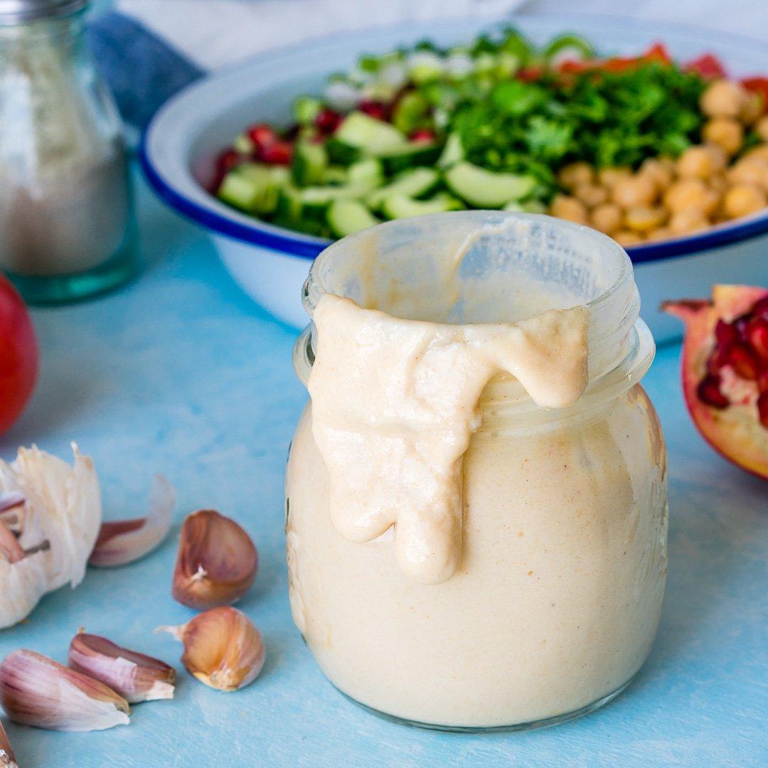 Salata cu Naut si Dressing Tahini 1