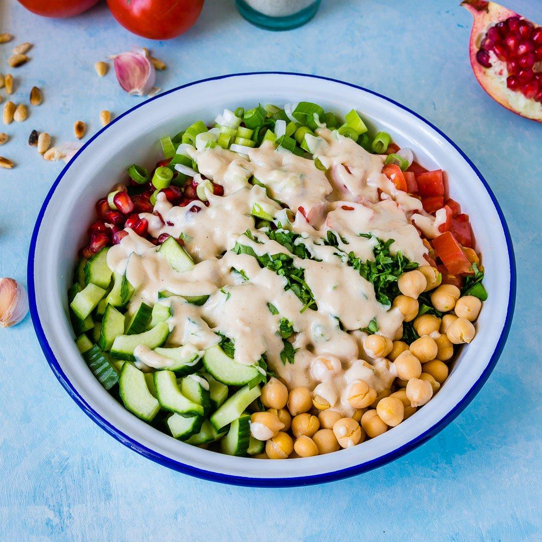 Salata cu Naut si Dressing Tahini 2
