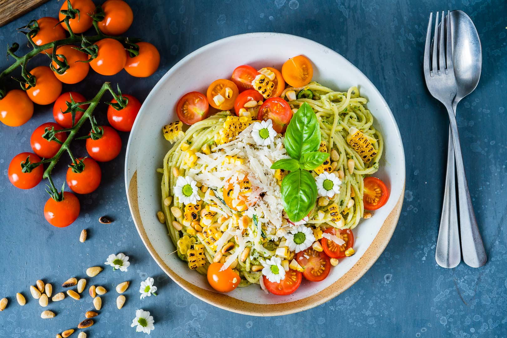 Zucchini Noodles Pasta Recipe with Pesto and Grilled Corn 9