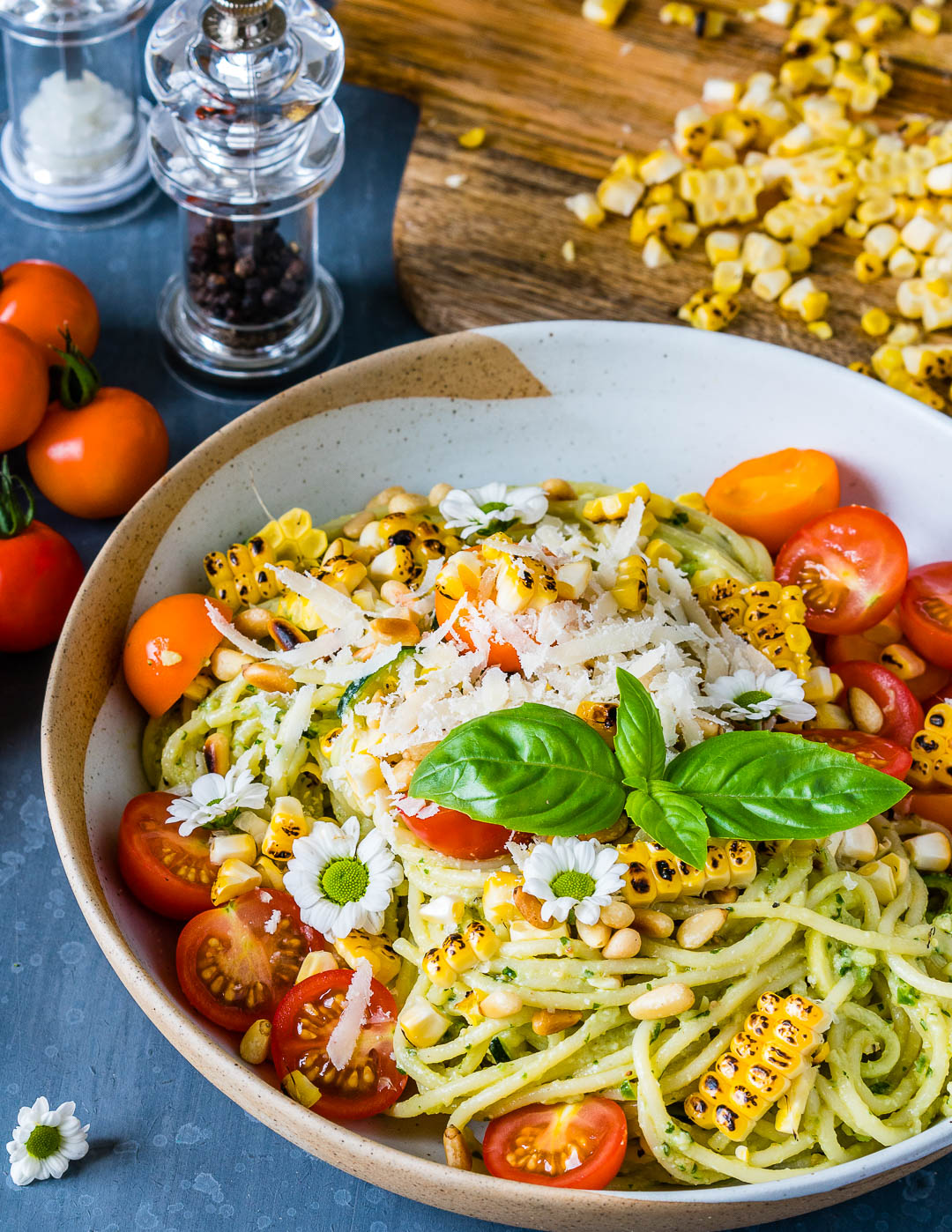 Zucchini Noodles Pasta Recipe with Pesto and Grilled Corn 5