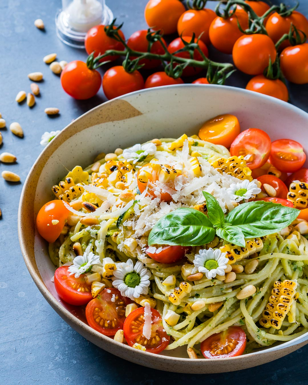 Zucchini Noodles Pasta Recipe with Pesto and Grilled Corn 3