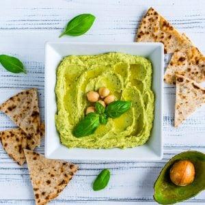 4 Retete de Hummus - Reteta de Hummus cu Avocado