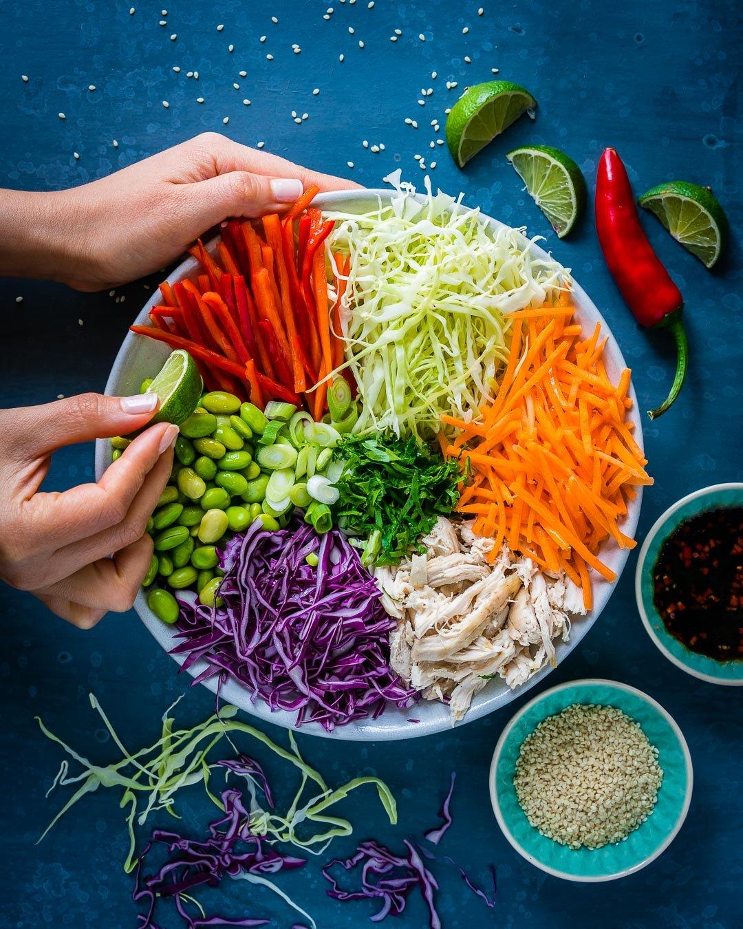 Salata Thailandeza de Pui si Legume 1