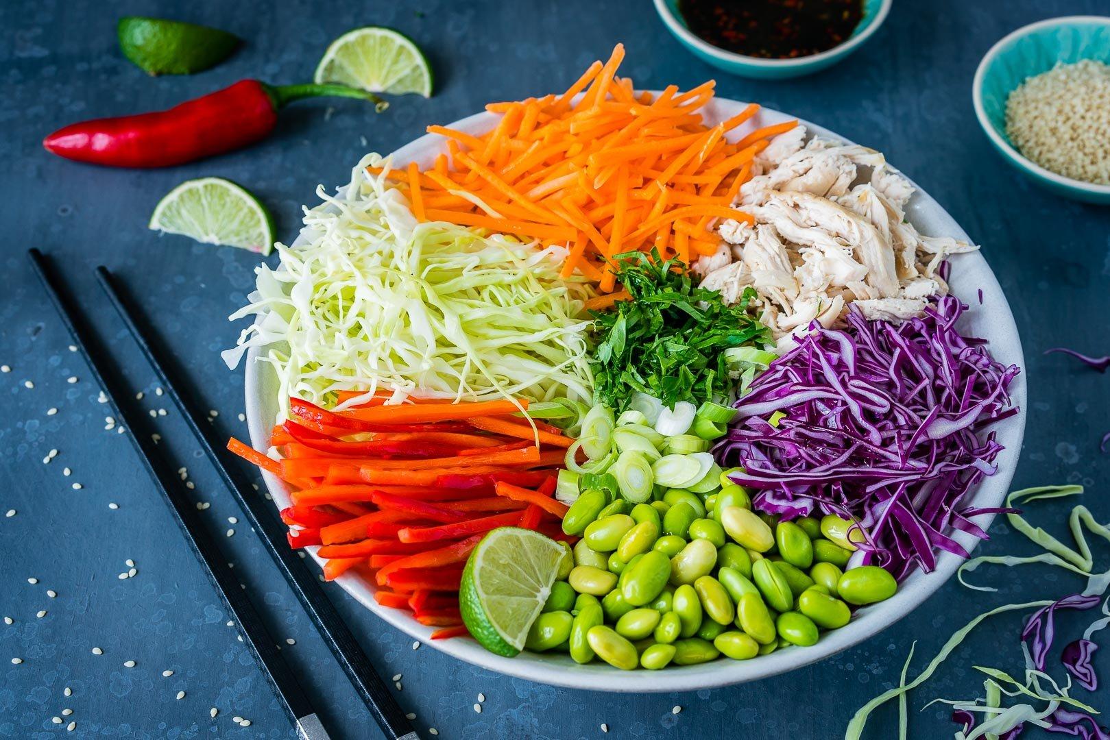 Salata Thailandeza de Pui si Legume 5