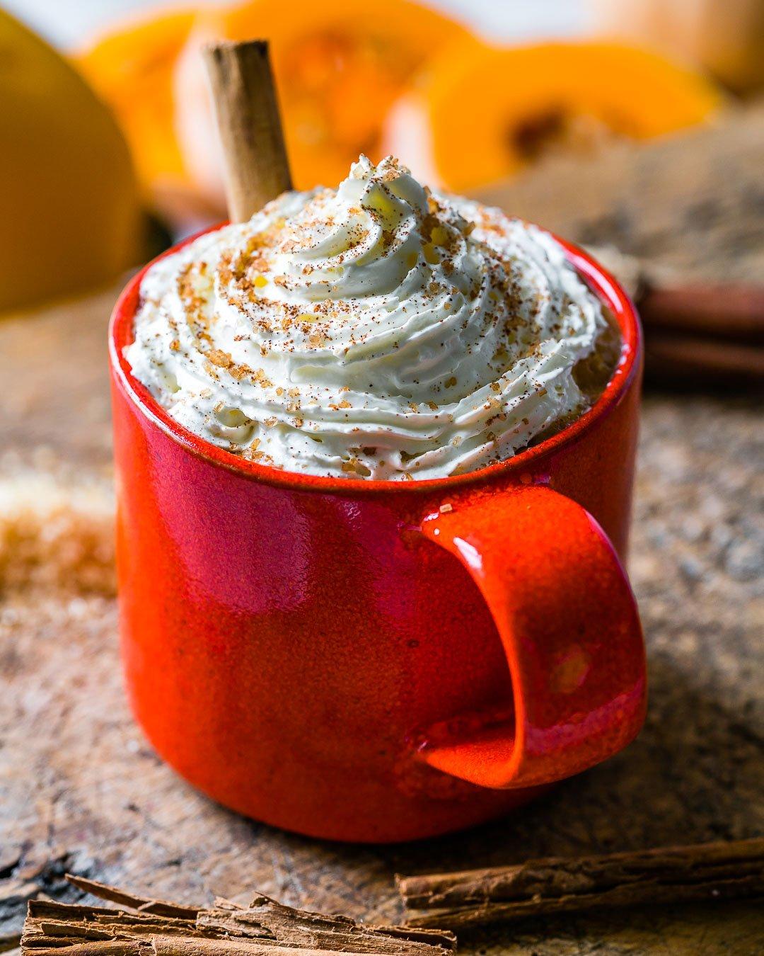 Latte Cu Dovleac si Condimente