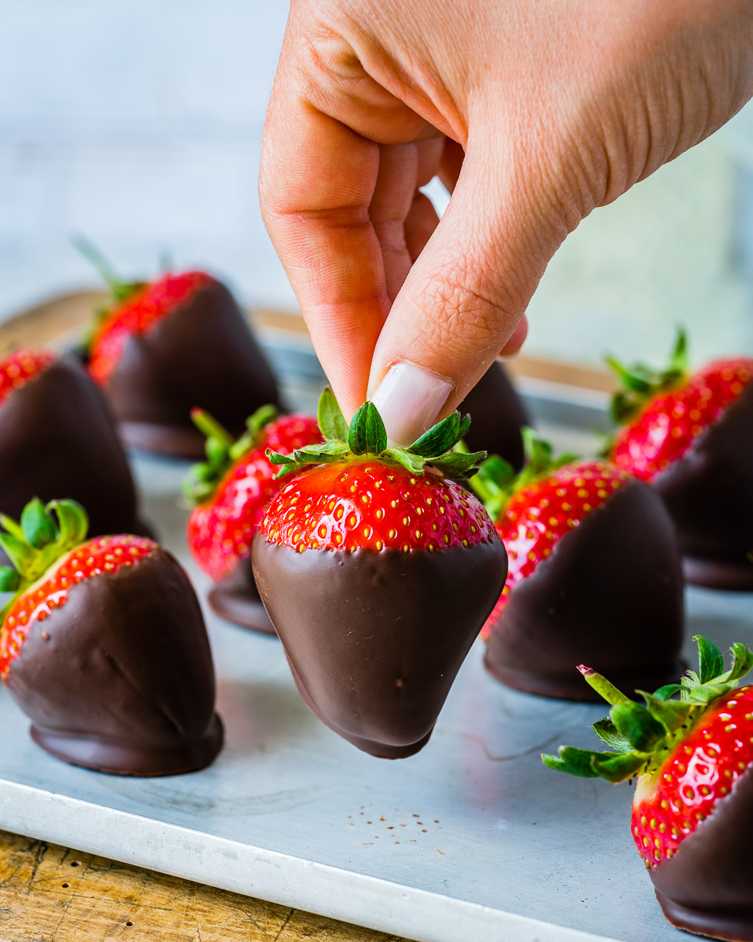 How To make Chocolate Covered Strawberries 1