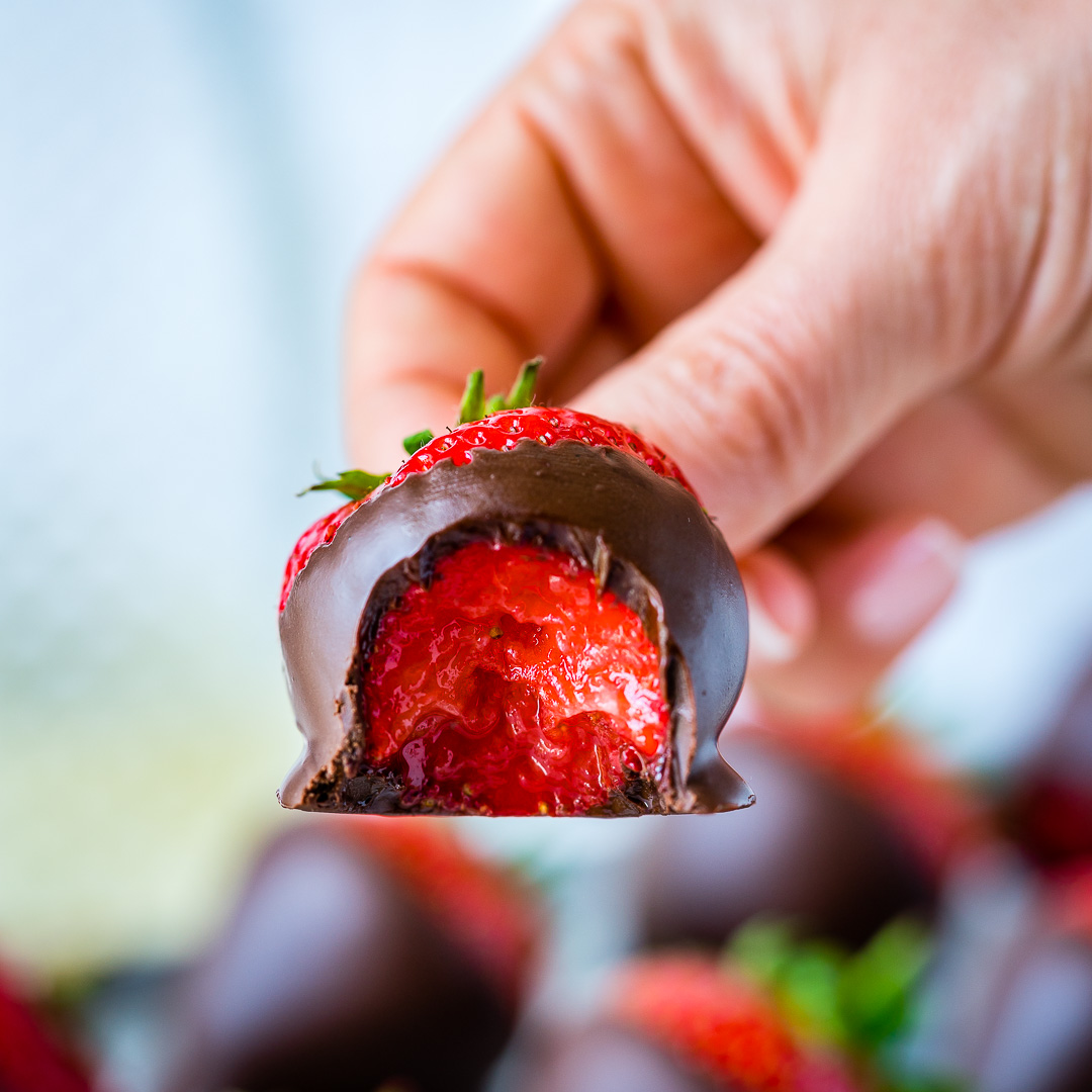 How To make Chocolate Covered Strawberries 9