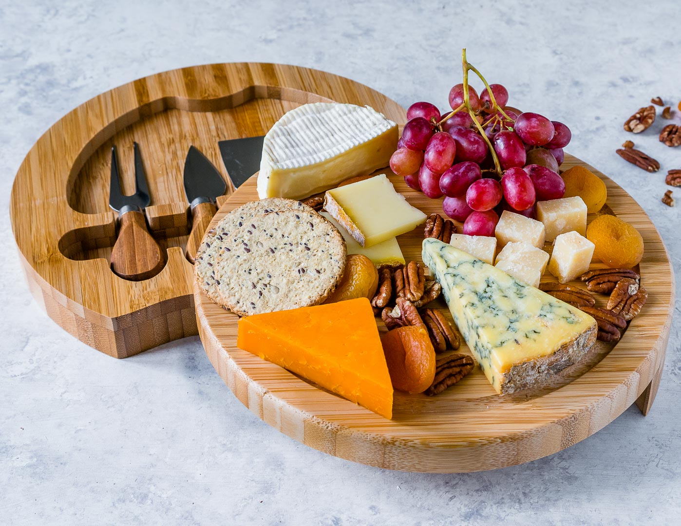 How To Make A Cheese Board 4