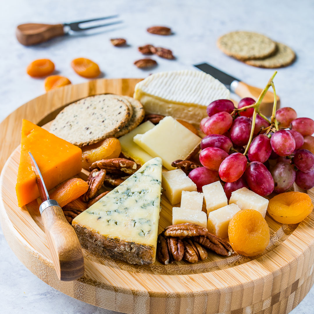 How To Make A Cheese Board 1