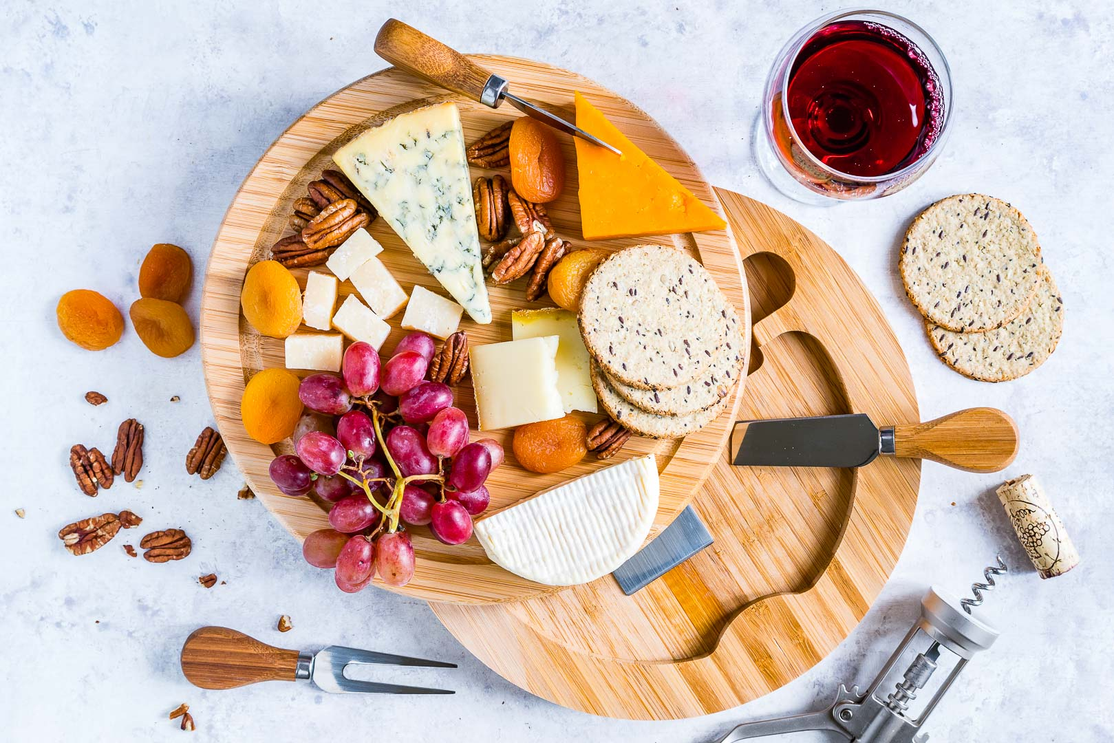How To Make A Cheese Board 2