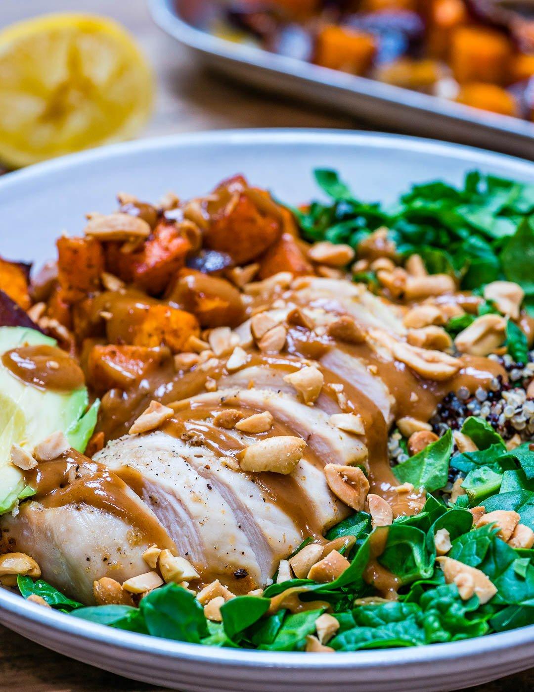 Salata De Pui Cu Legume La Cuptor si Quinoa - Reteta Video 3