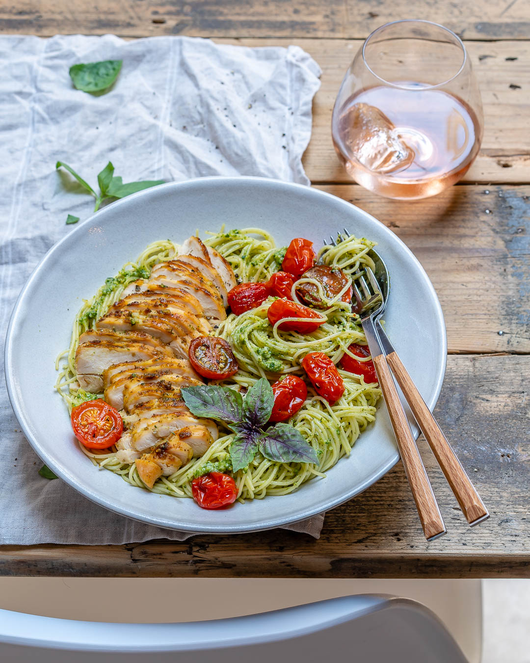 Healthy & Easy Chicken Pesto Pasta With Tomatoes Recipe-22
