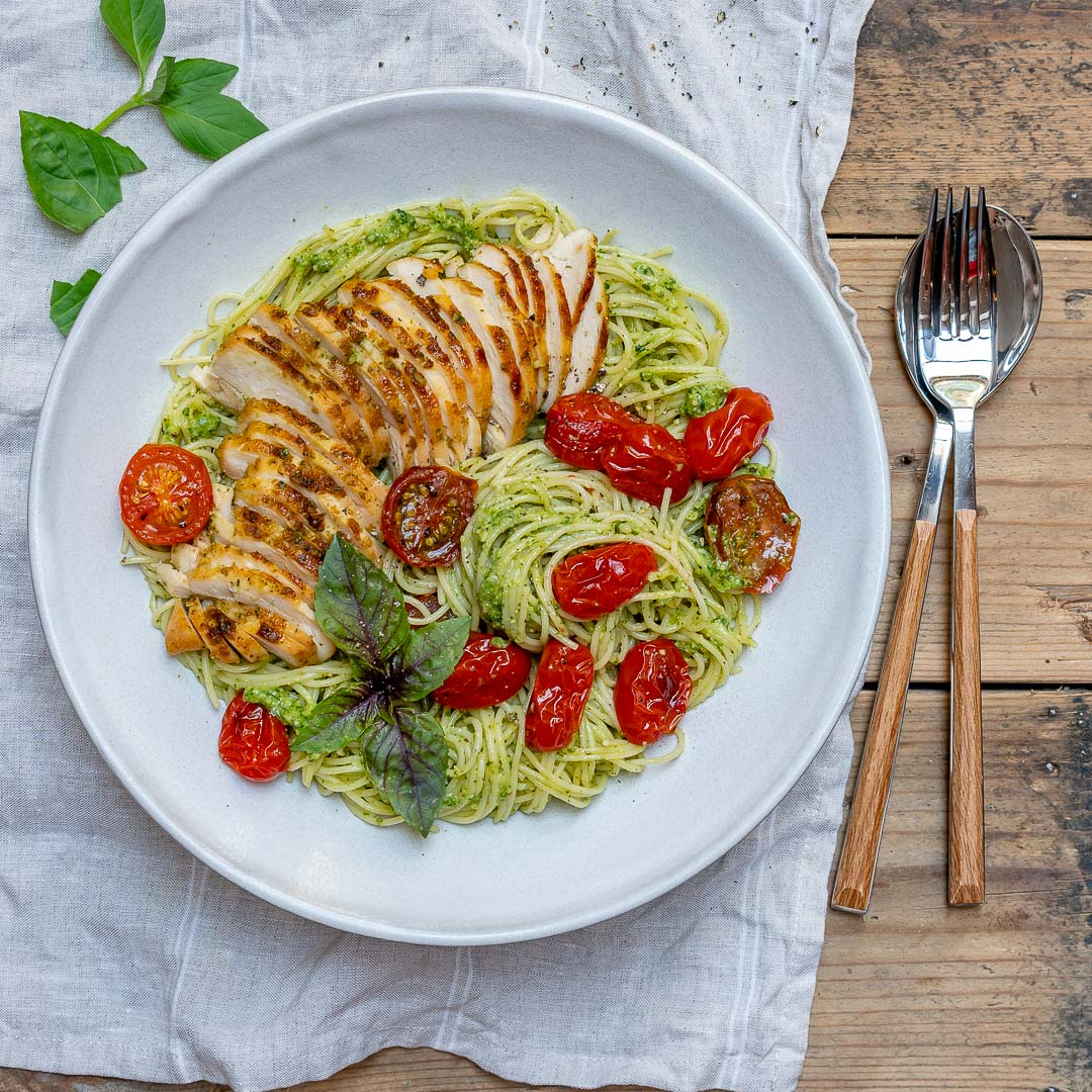 Healthy Easy Chicken Pesto Pasta With Tomatoes Recipe
