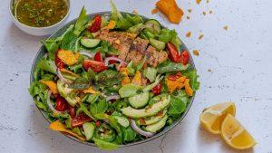 Salata De Pui Cu Avocado Si Sos Chimichurri - Reteta Video