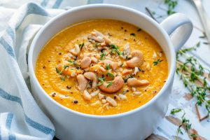 Easy Creamy Pumpkin Soup Recipe-14