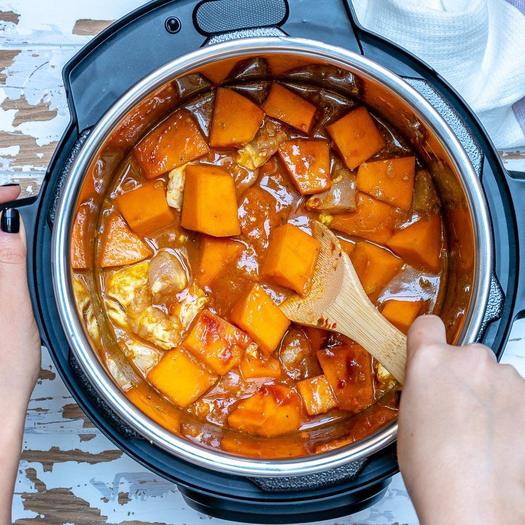 Curry De Pui Cu Lapte De Cocos Si Dovleac - Reteta Video 8