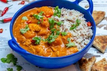 Curry De Pui Cu Lapte De Cocos Si Dovleac - Reteta Video 7
