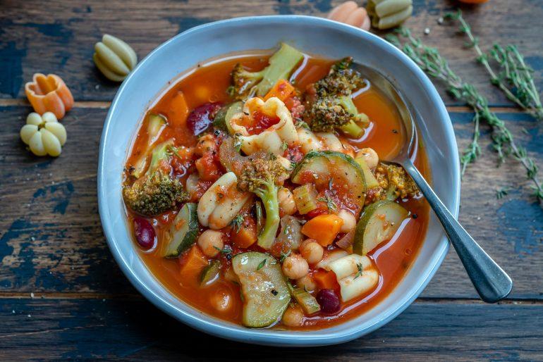 Instant Pot Vegan Minestrone Soup Recipe-11