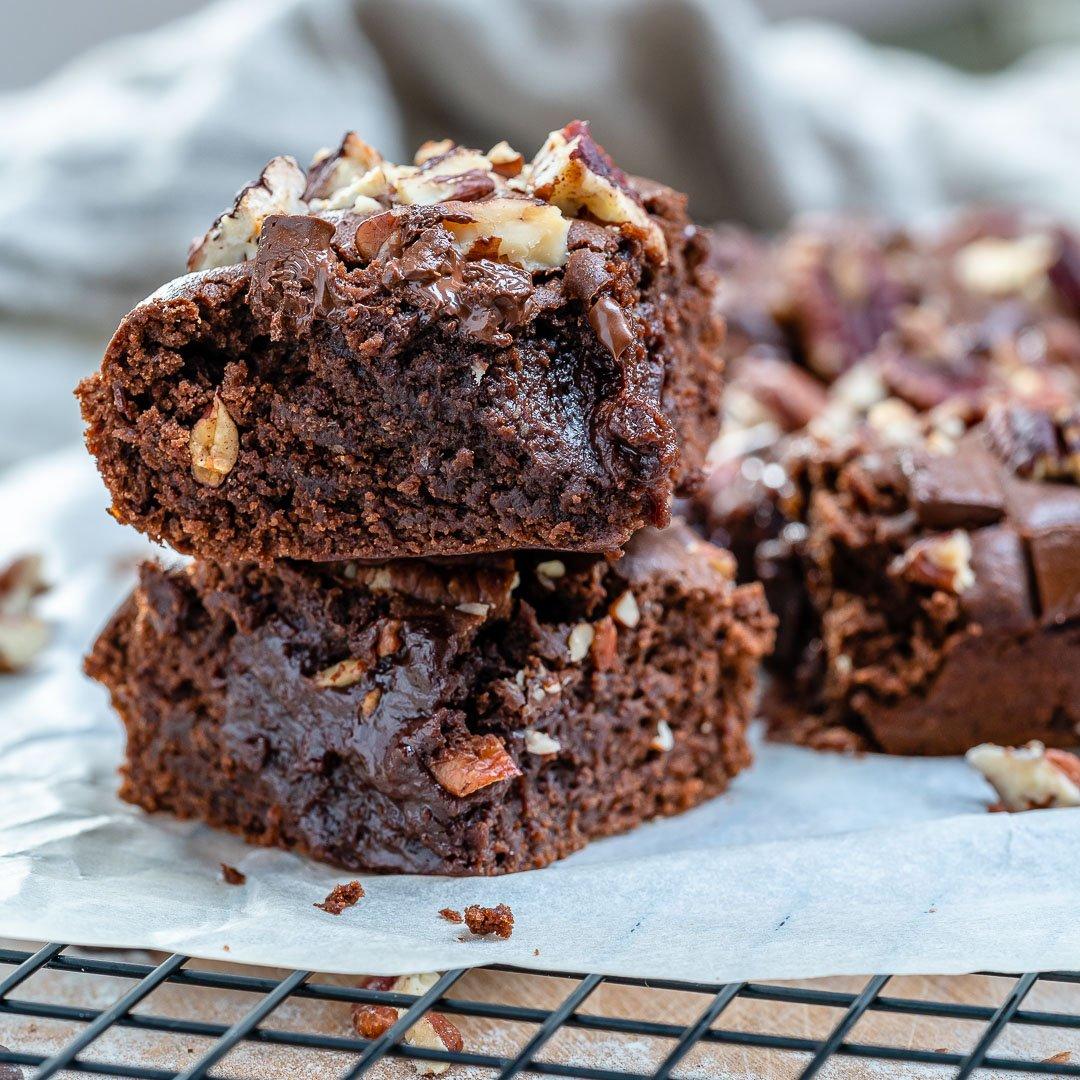Easy Vegan Chocolate Brownies-18