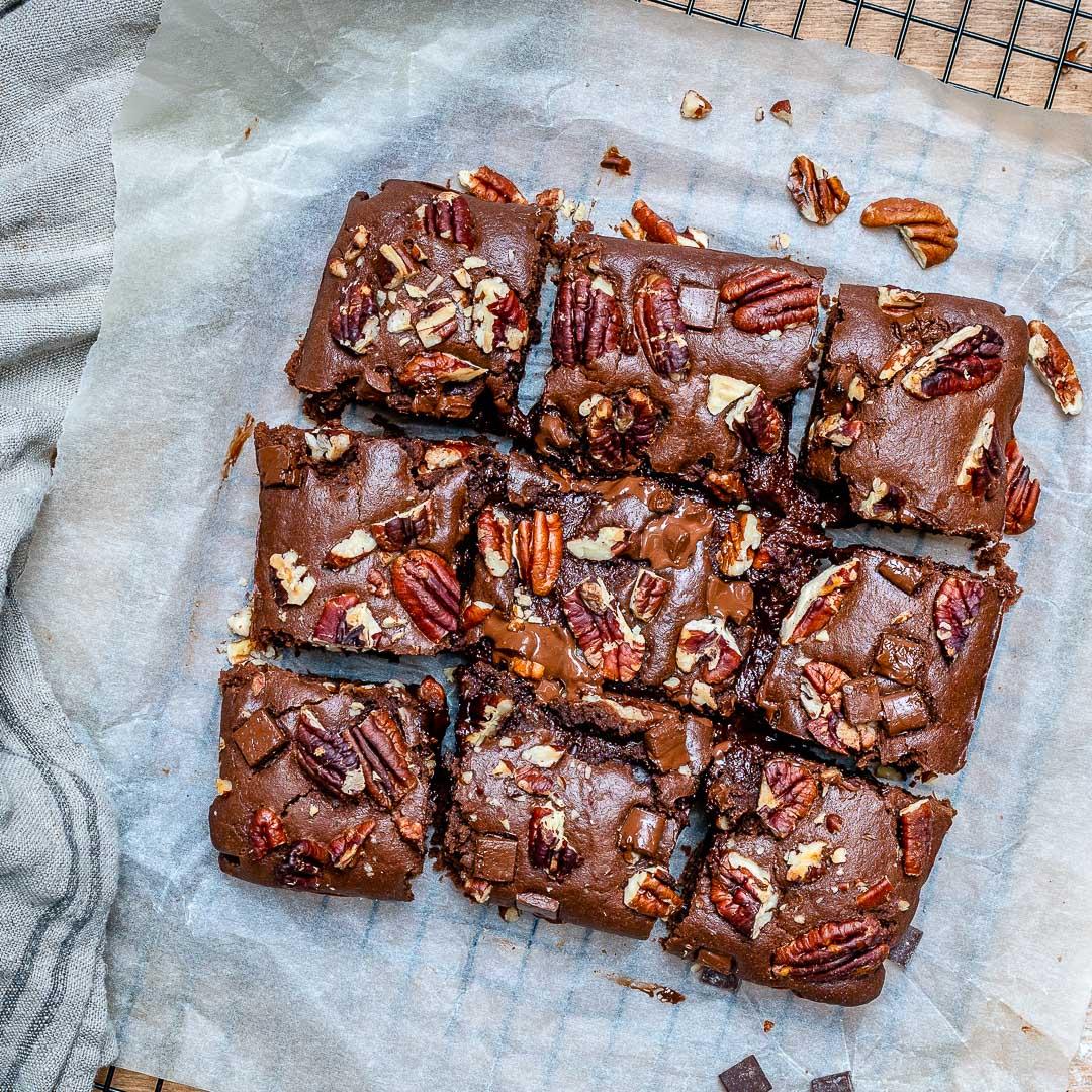 Easy Vegan Chocolate Brownies-9