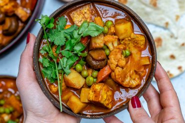 Vegan Tikka Masala Recipe With Tofu And Cauliflower-3