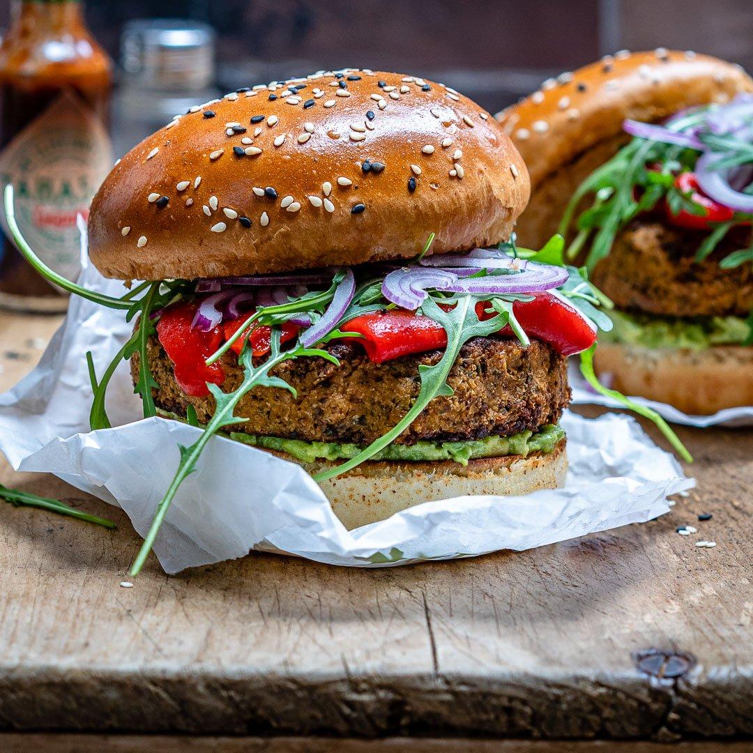 Reteta de Burger Vegan Cu Conopida Si Avocado 4