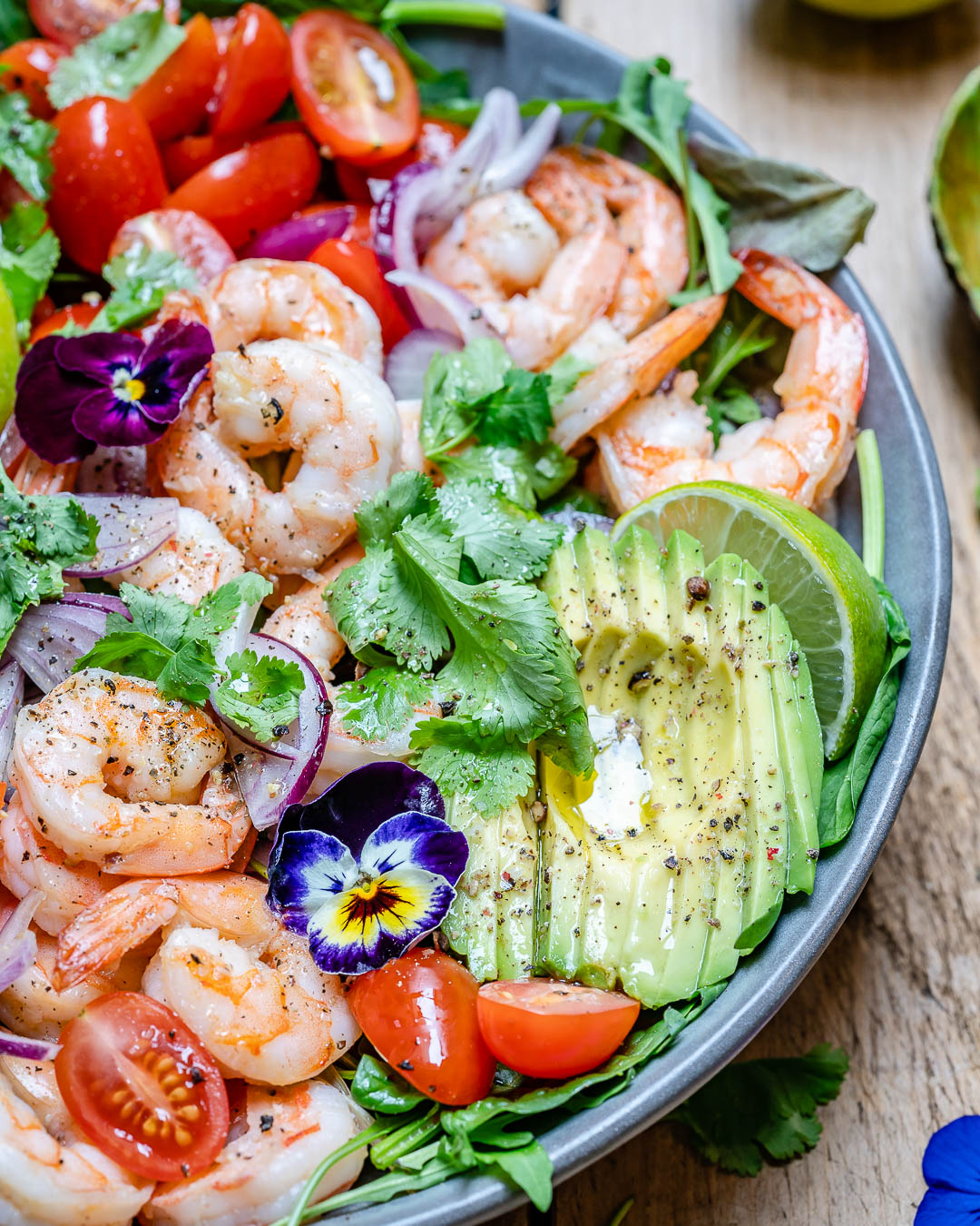 Shrimp And Avocado Salad With Cilantro And Lime Recipe-15
