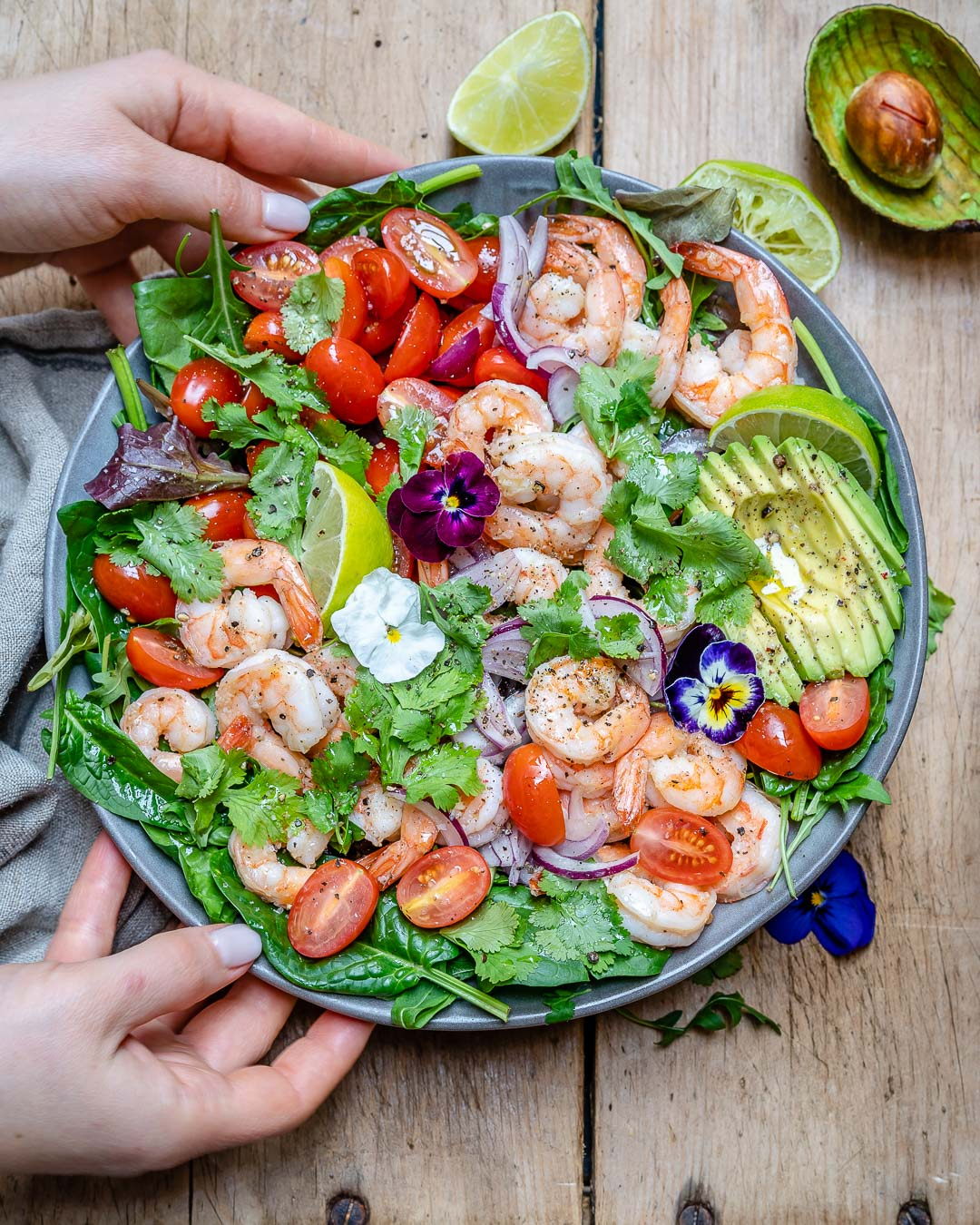 Shrimp And Avocado Salad With Cilantro And Lime Recipe-3