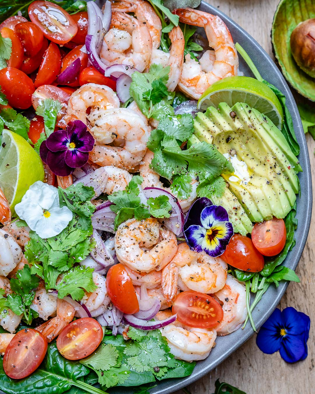 Shrimp And Avocado Salad With Cilantro And Lime Recipe-5