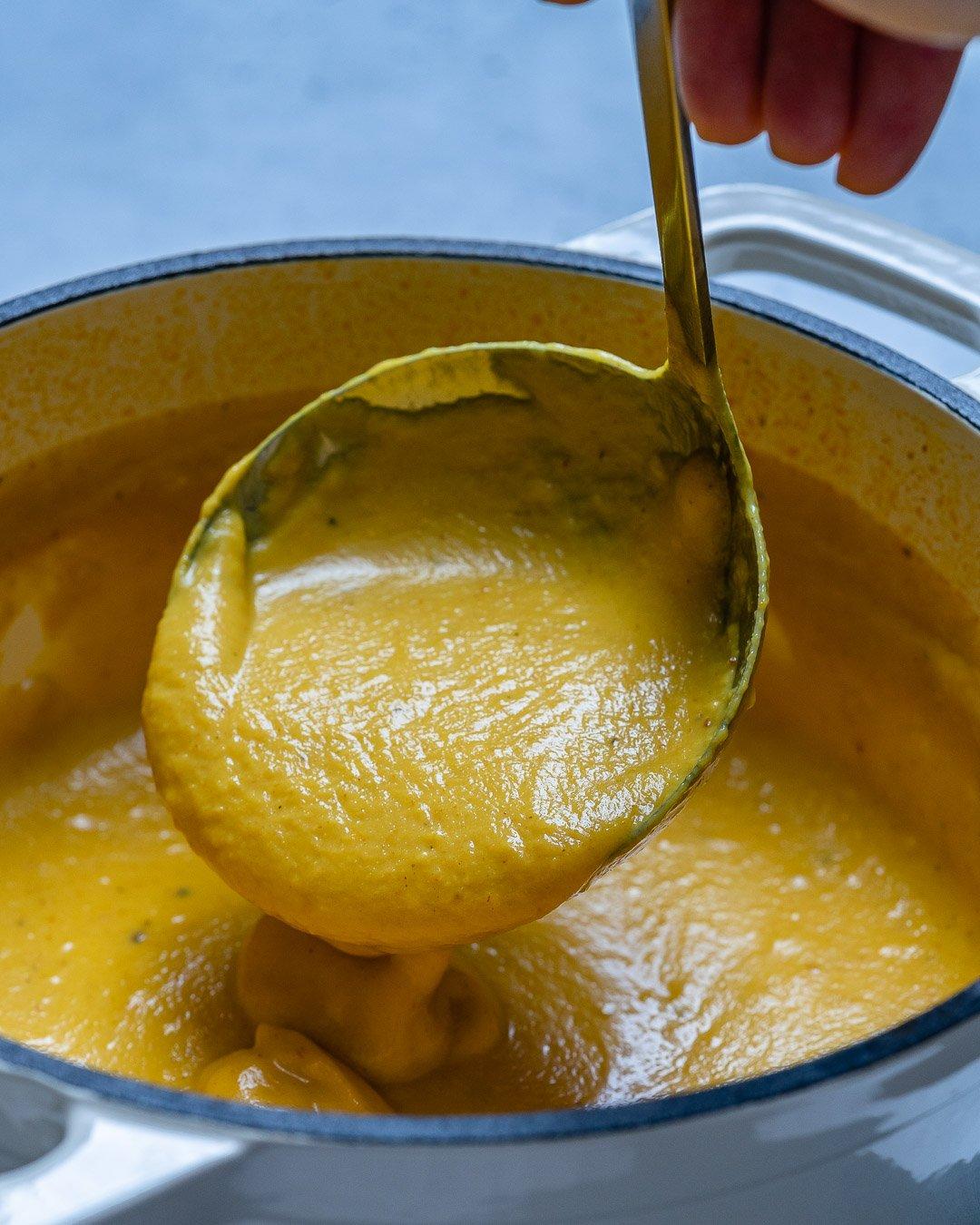 Curried Cauliflower Soup With Coconut Milk (Paleo Recipe)-3
