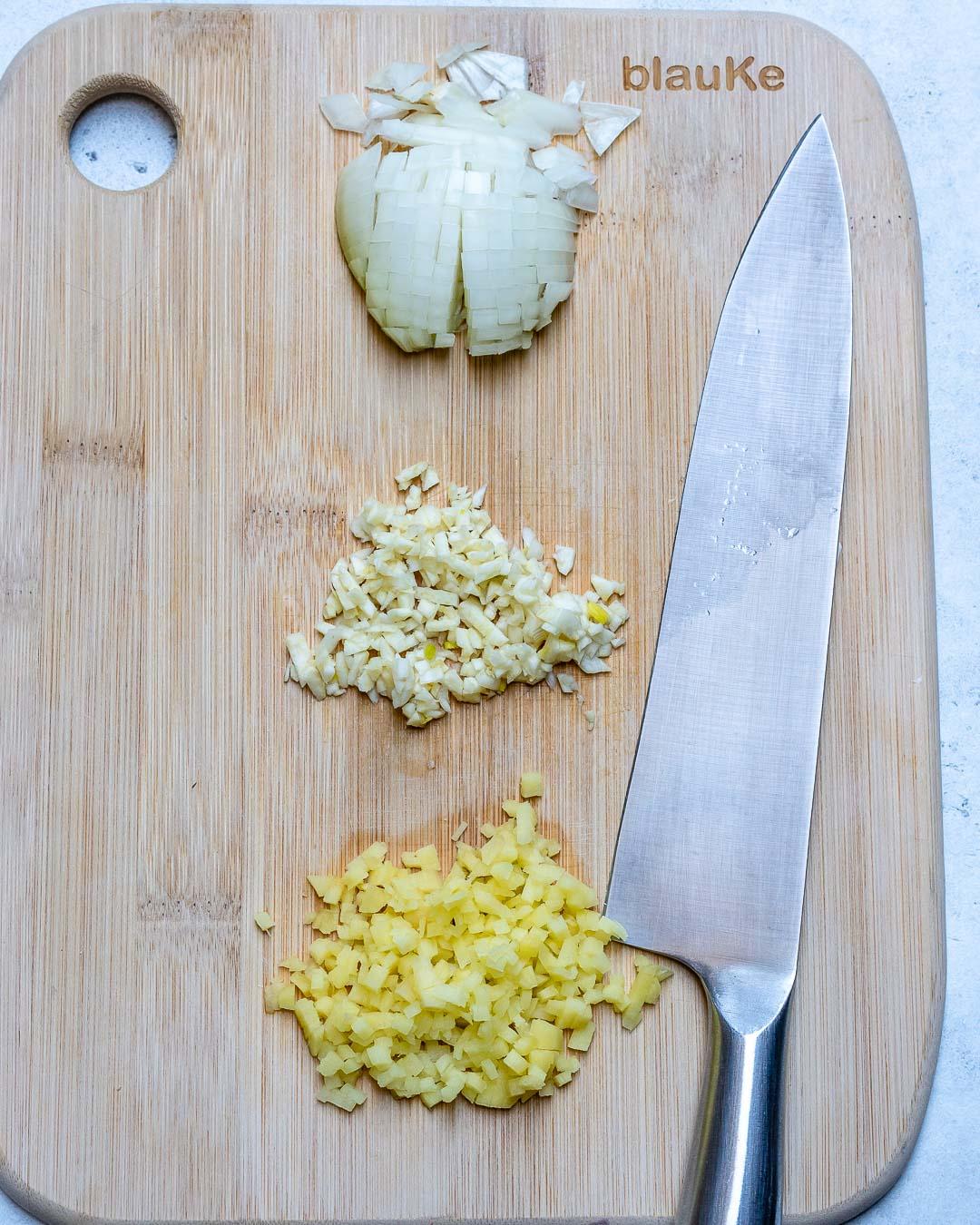 Curried Cauliflower Soup With Coconut Milk (Paleo Recipe)