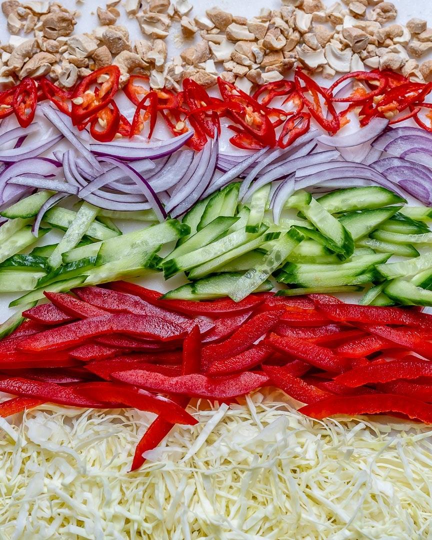 Salata Thailandeza De Vita Si Legume (Reteta Paleo/Keto/Whole30) 1