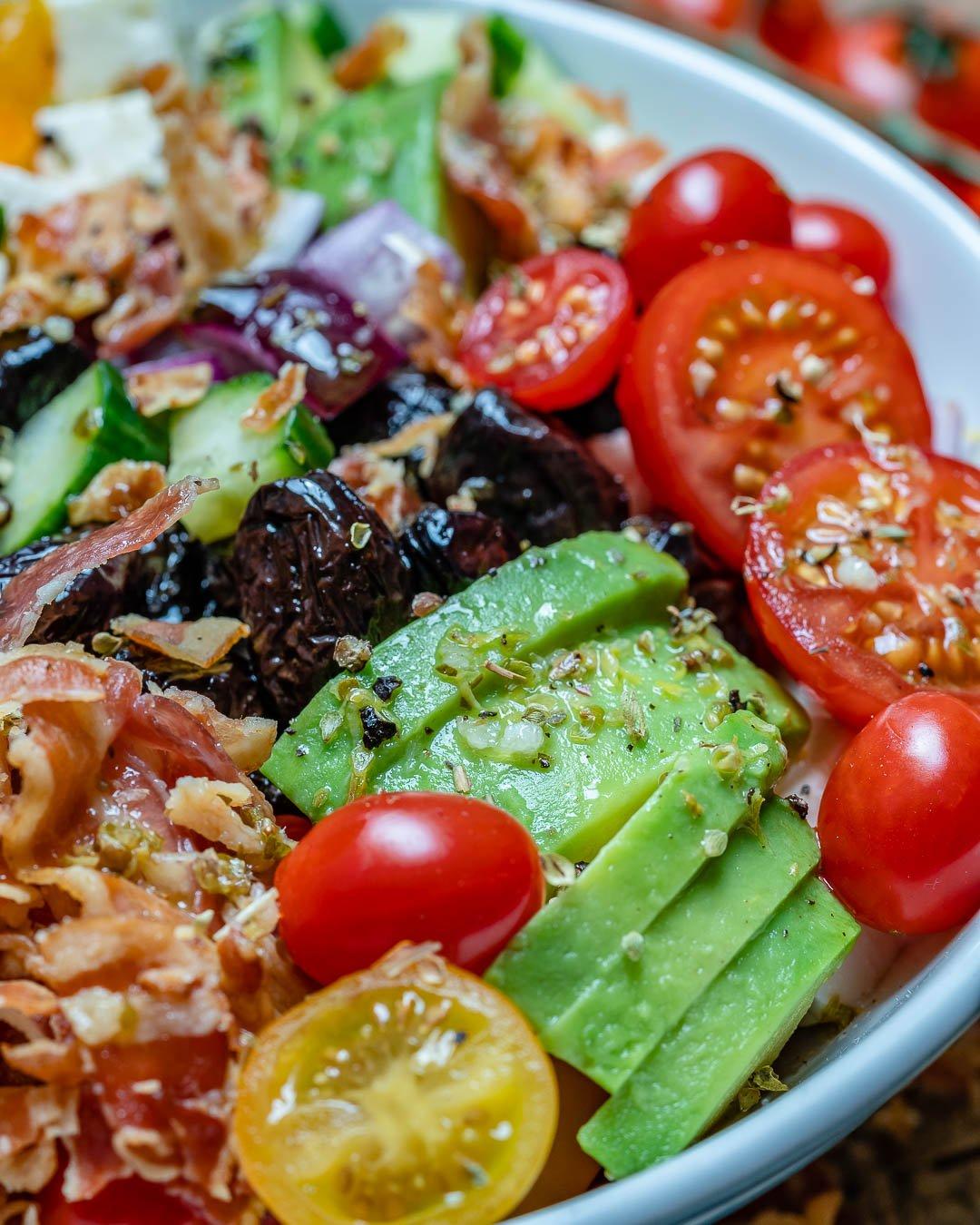 Salata Greceasca Cu Bacon Si Avocado - Reteta Keto 7